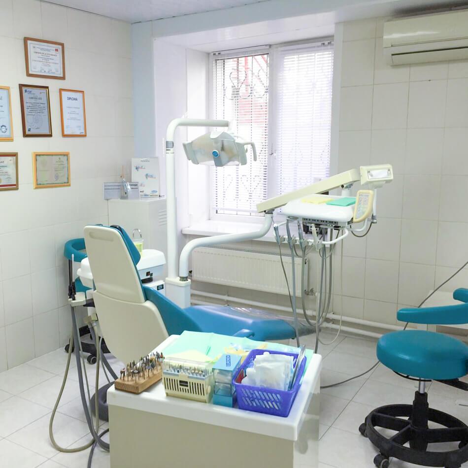 "Кабинет стоматолога клиники ""Интерстом"""